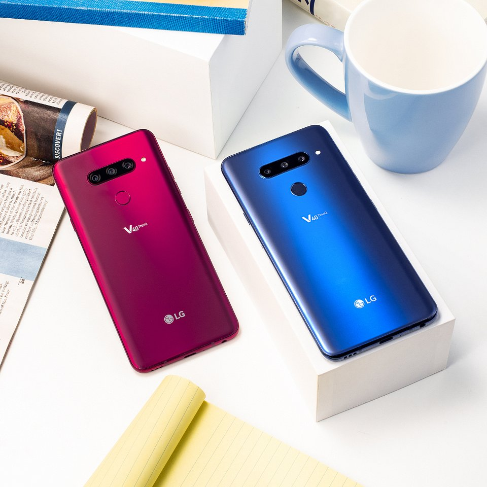 LG V40 ThinQ 003.jpg