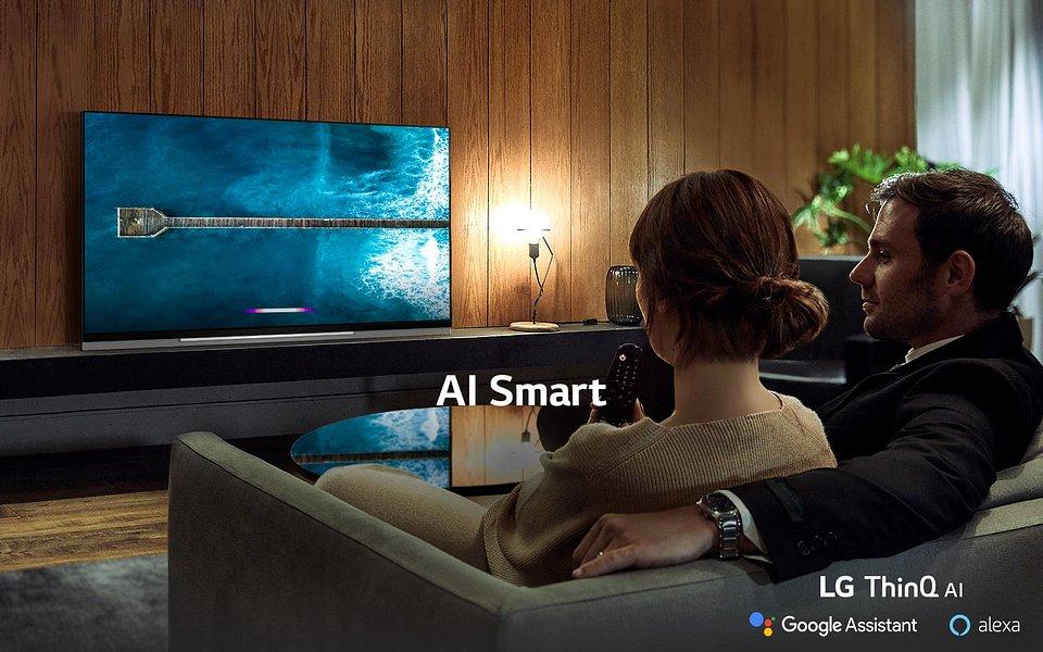 TV-OLED-E9-02-AI-All-1-Desktop.jpg