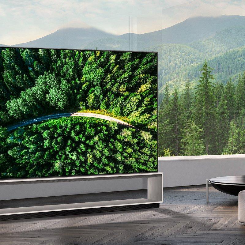 LG 8K OLED TV 001.JPG