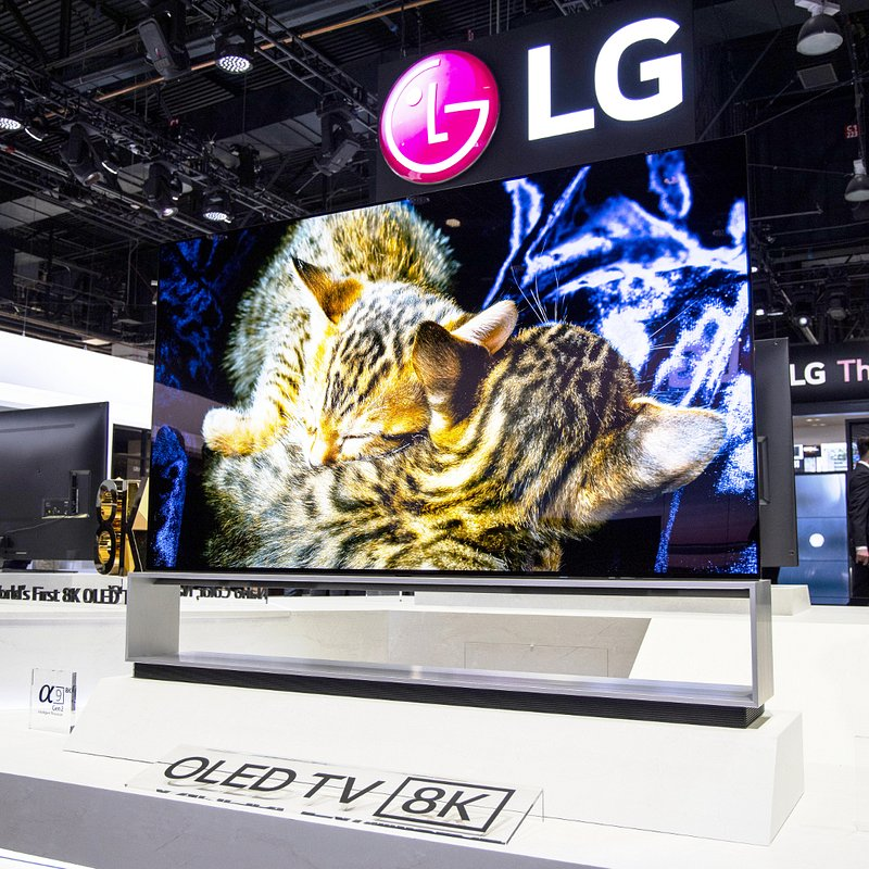 LG 8K OLED TV 004.jpg