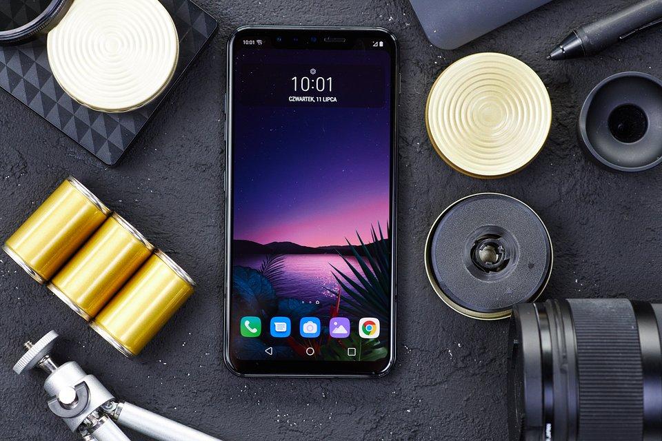 LG G8s (1).jpg