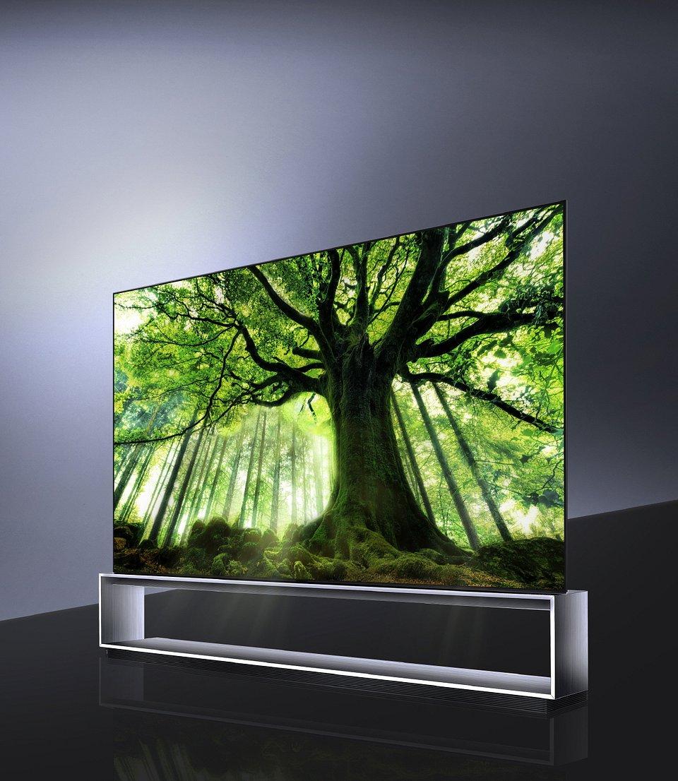LG SIGNATURE OLED 8K TV (model 88Z9)_3.jpg