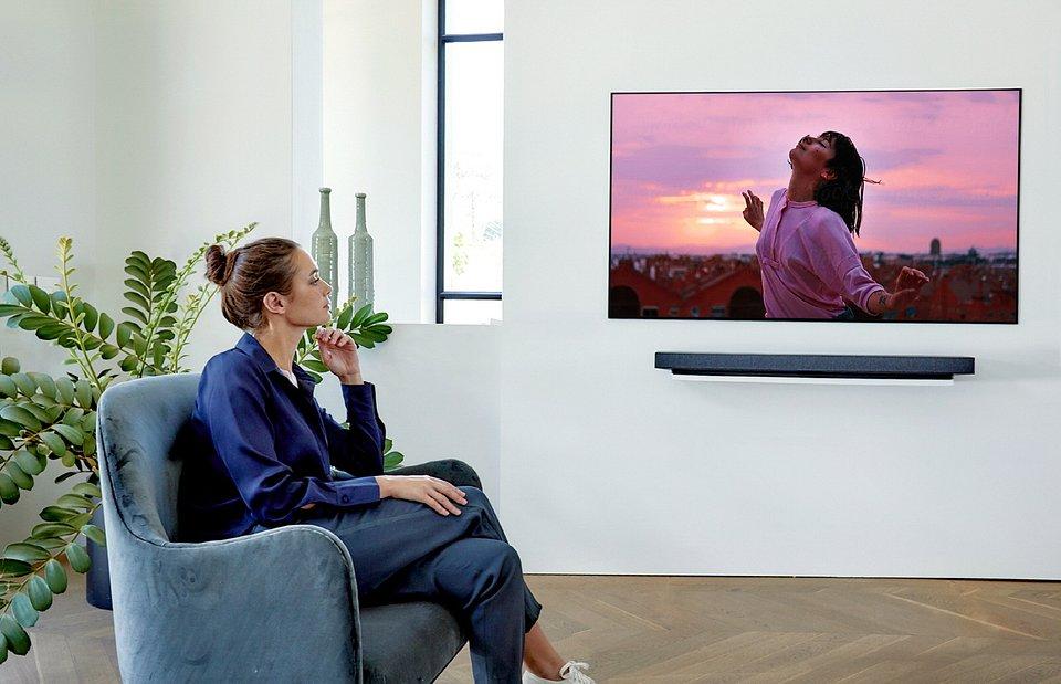 LG OLED TV_WX [Cinema].jpg