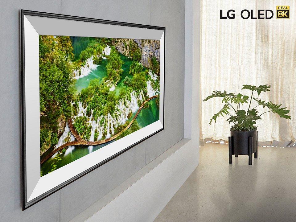 LG SIGNATURE OLED 8K TV (77ZX).jpg