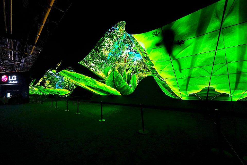 LG-OLED-Wave-03.jpg