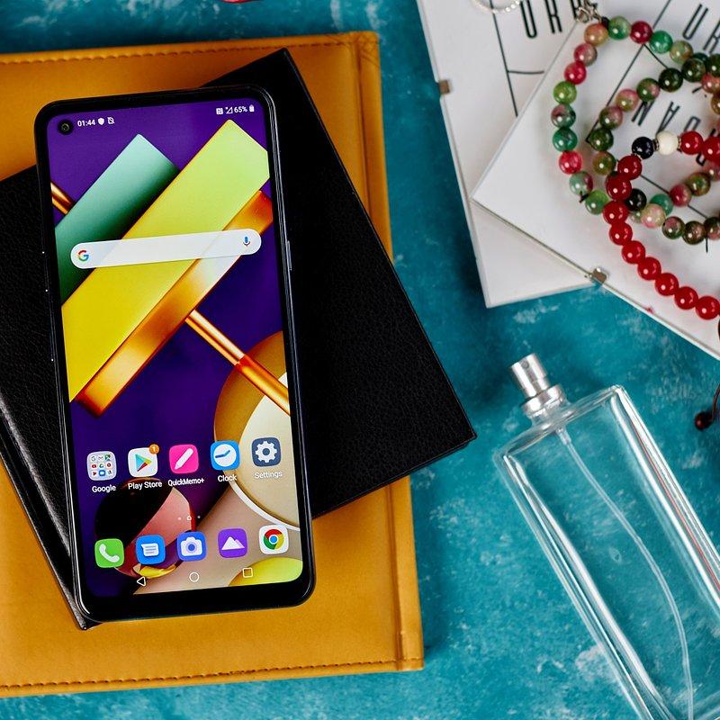 LG K61_3.jpg