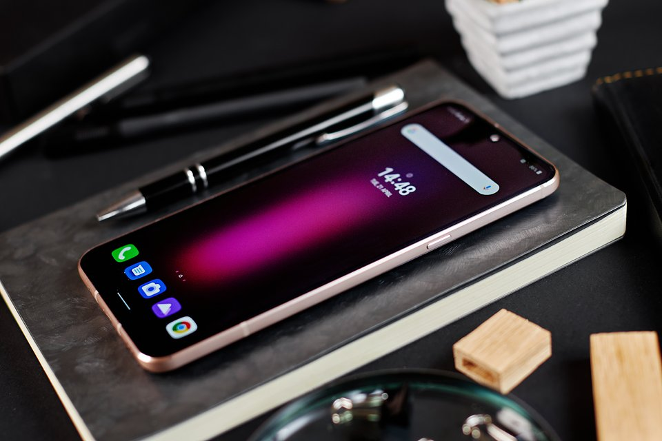 LG V60 ThinQ 5G (1).jpg