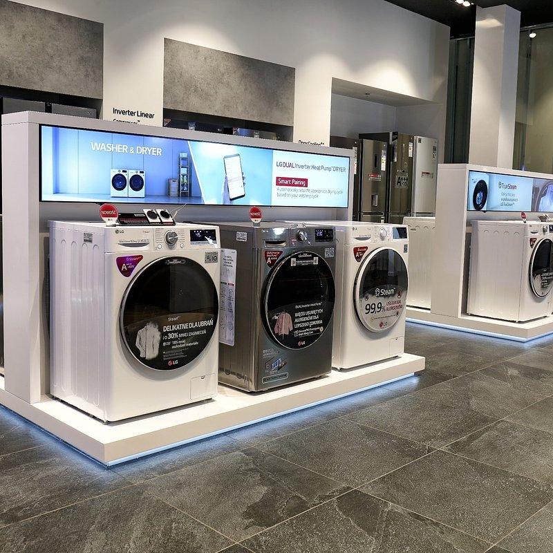 LG Brand Store Wrocław (3).jpg