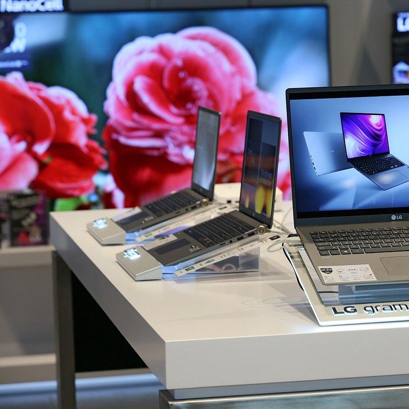 LG Brand Store Wrocław (16).jpg