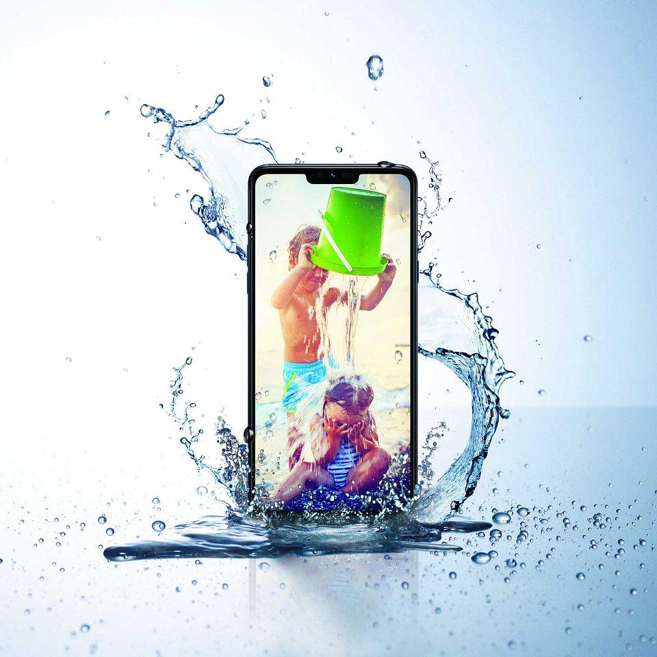 LG G7 fit 06.jpg