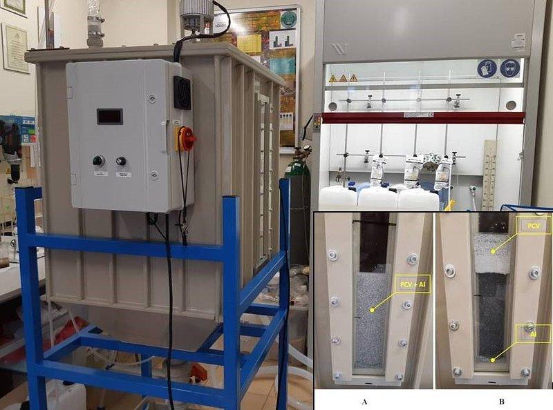 Urządzenie prototypowe do separacji blisterów farmaceutycznych oraz obrazy z wizjera zbiornika przed separacją (A) i po separacji komponentów (B).