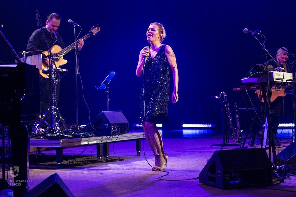 Muzyczną gwiazdą IV edycji Gali Konkursu im. Kotarbińskiego była Anna Maria Jopek z zespołem.