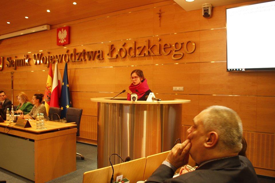 Paulina Matysiak na dzisiejszej sesji Sejmiku Woj. Łódzkiego