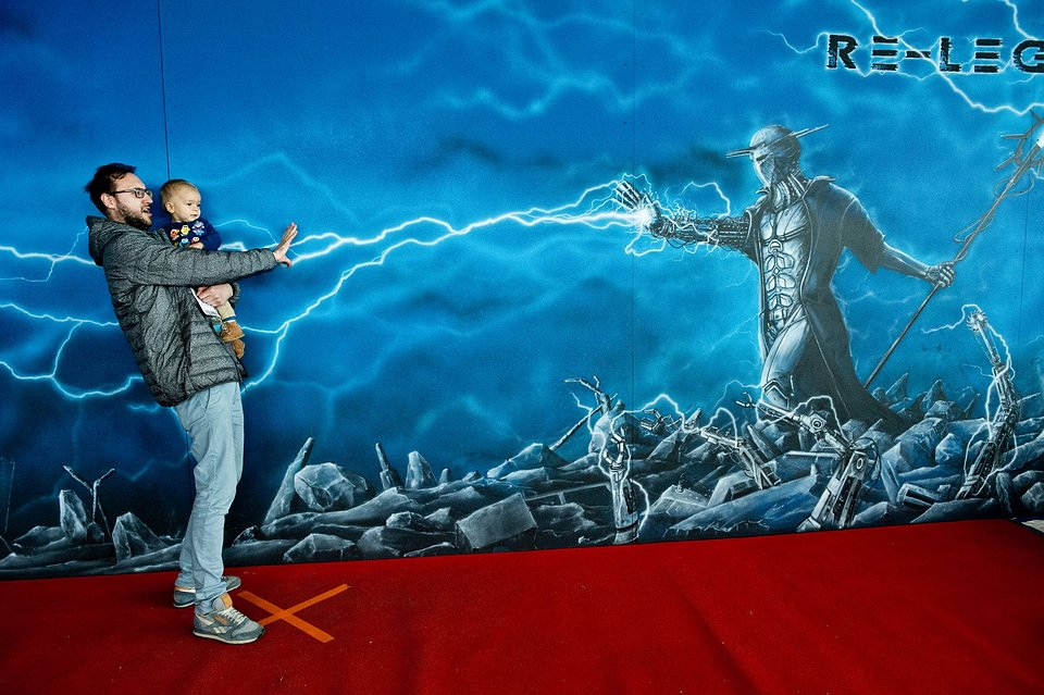 Interaktywna ekspozycja muralu, fot. Marcin Pflanz.jpg