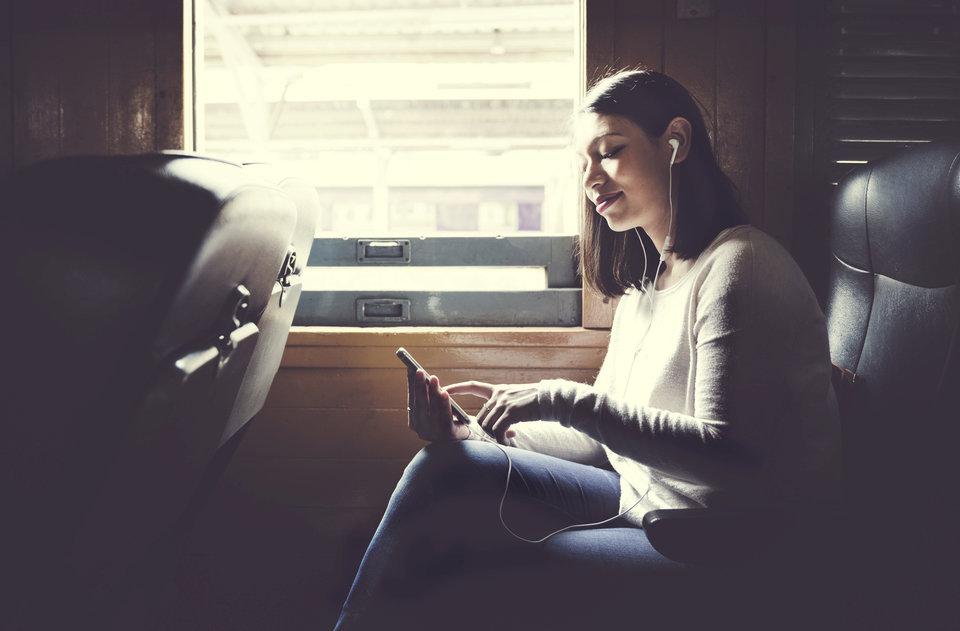 Podróż pociągiem_mobile.jpg
