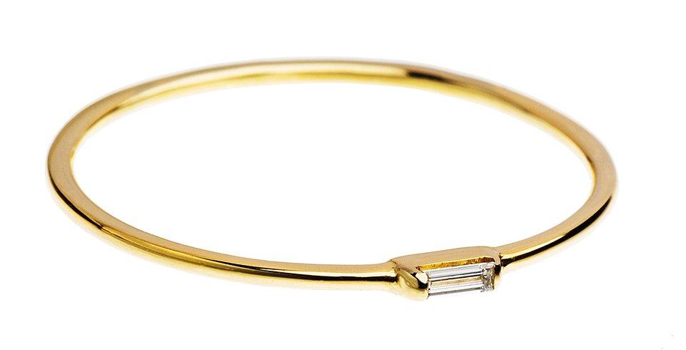 Złoty pierścionek z diamentem, 550 zł