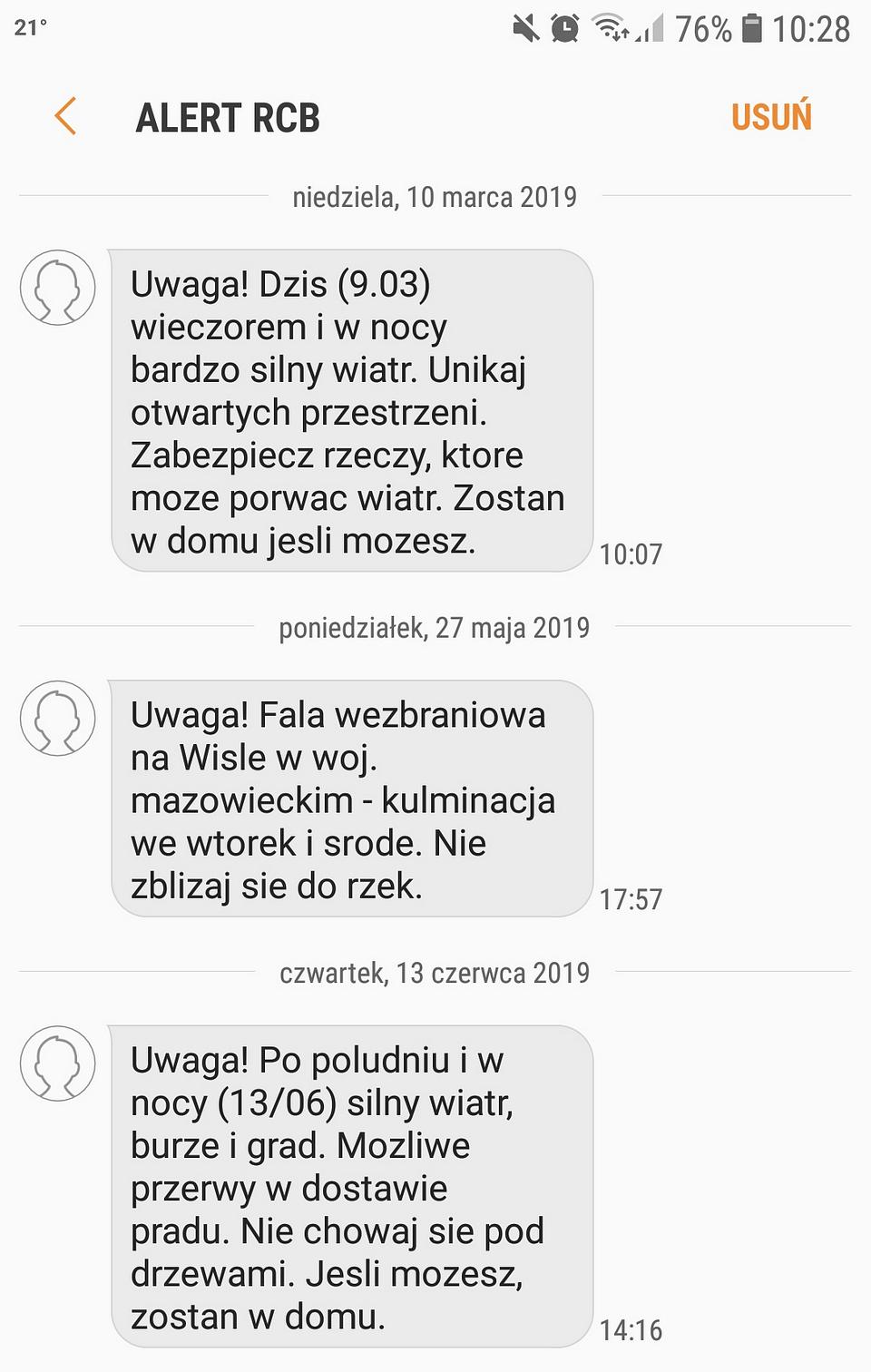 SMS-y od Rządowego Centrum Bezpieczeństwa; Źródło: SMSAPI