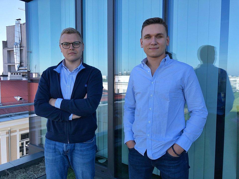 Aliaksander Horlach i Evgeny Chamtonau - imigranci z Białorusi i założyciele PayUkraine, aplikacji do tanich przelewów zagranicznych dla Ukraińców.