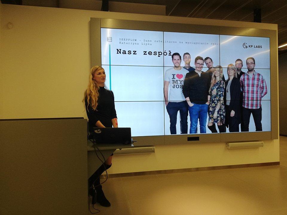 Prezentacja firmy DeepFlow podczas DemoDay