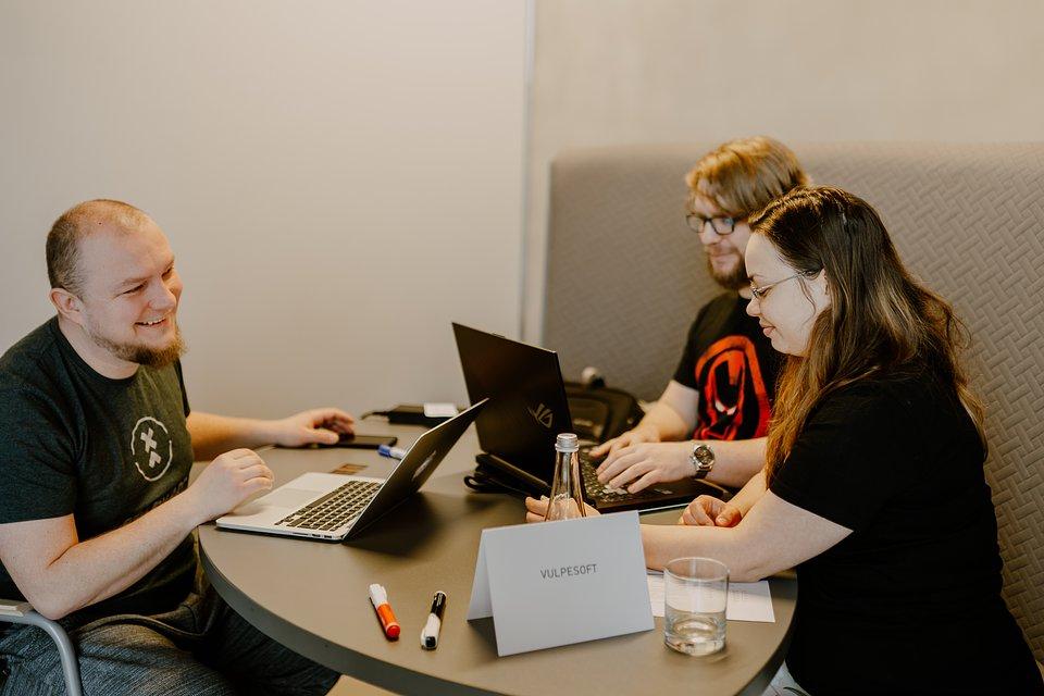 Studio Vulpesoft podczas pracy warsztatowej
