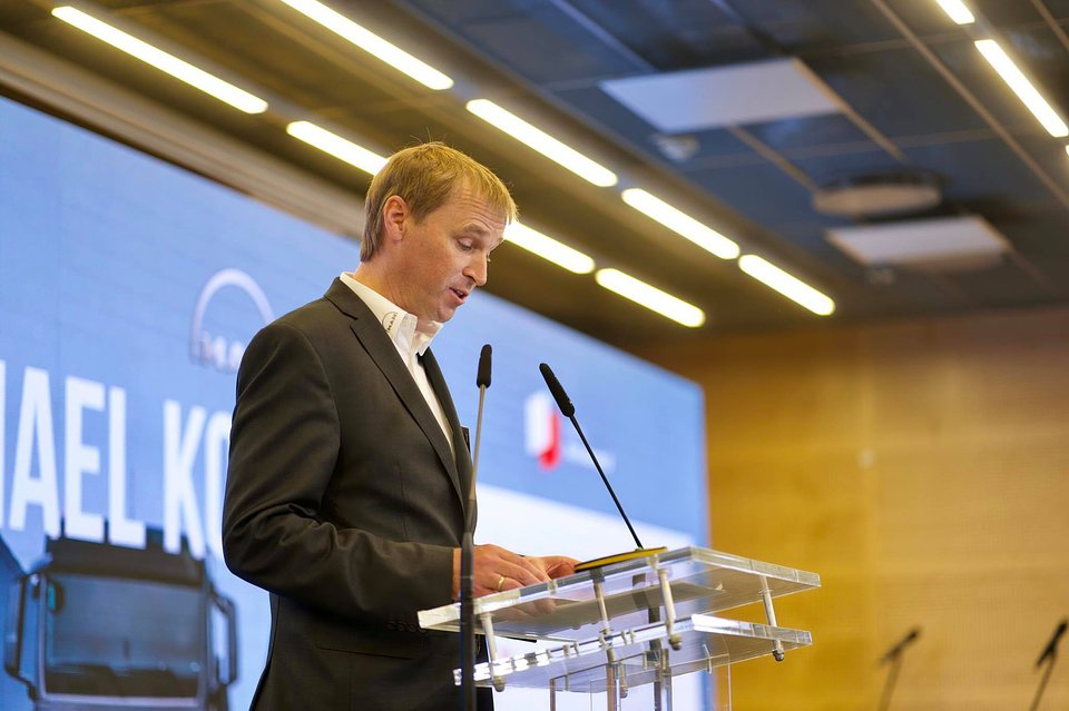 Michael Kobriger podczas wystąpienia