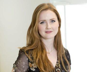 Annie Saunders, Associate.jpg