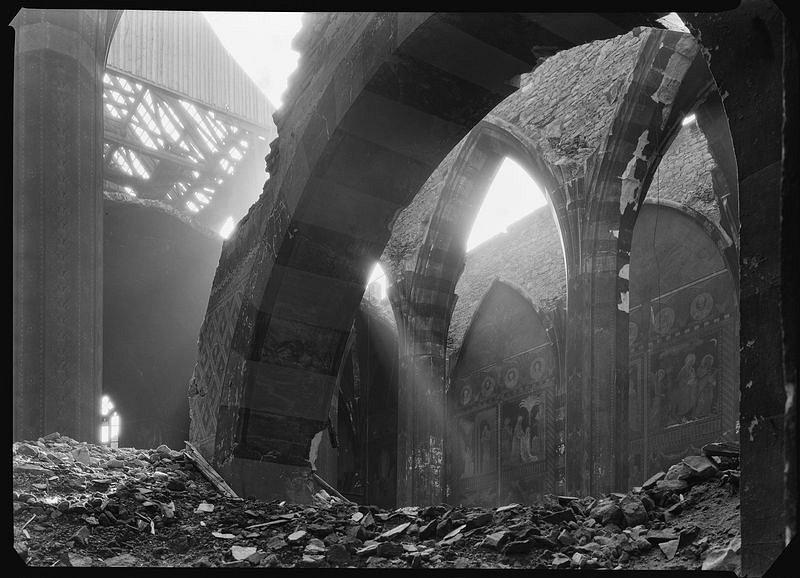 Topografia ruin. Praga 1945_fot. Josef Sudek_4 małe.jpg