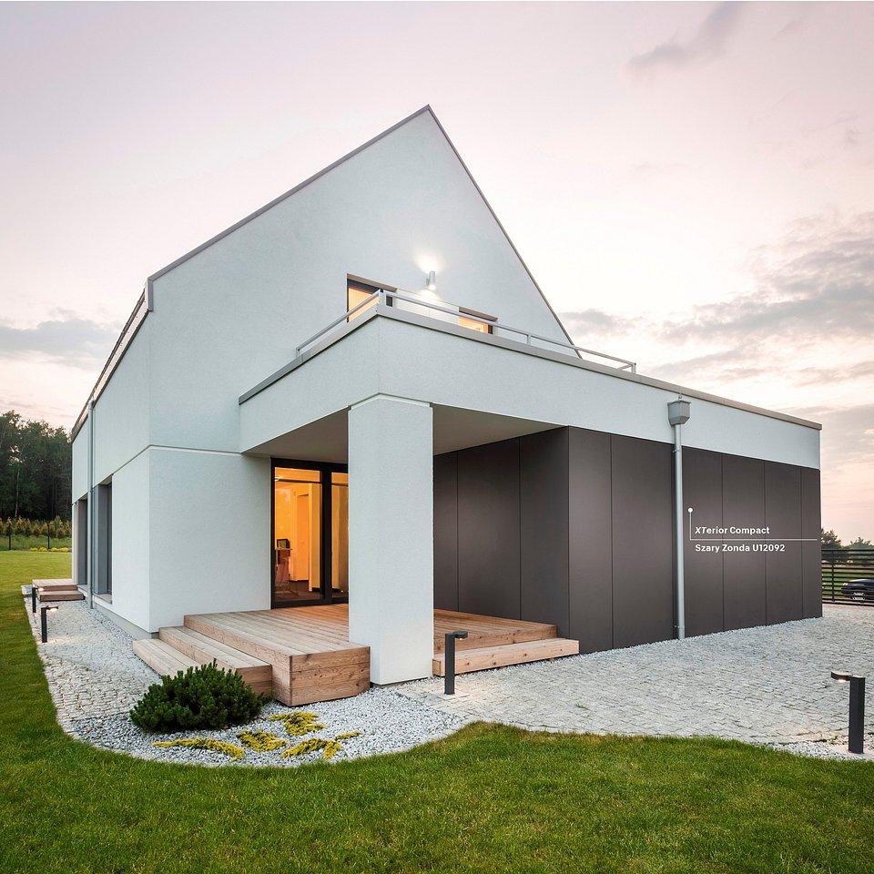 Na elewacji budynku można podziwiać XTerior Compact w dekorze Szara Zonda U12092, fot. materiały prasowe Pfleiderer