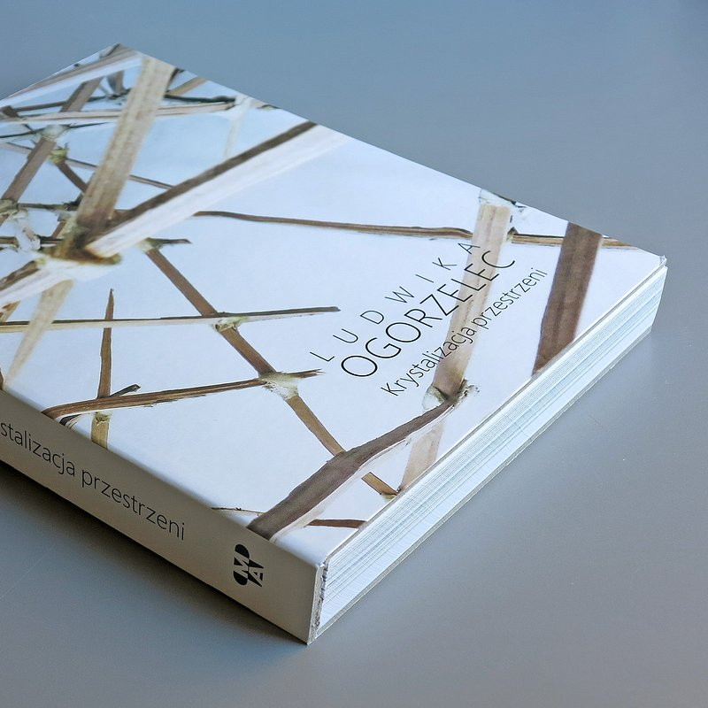 książka_Ludwika Ogorzelec - Krystalizacja przestrzeni, fot. materiały prasowe Muzeum Architektury we Wrocławiu (9).JPG
