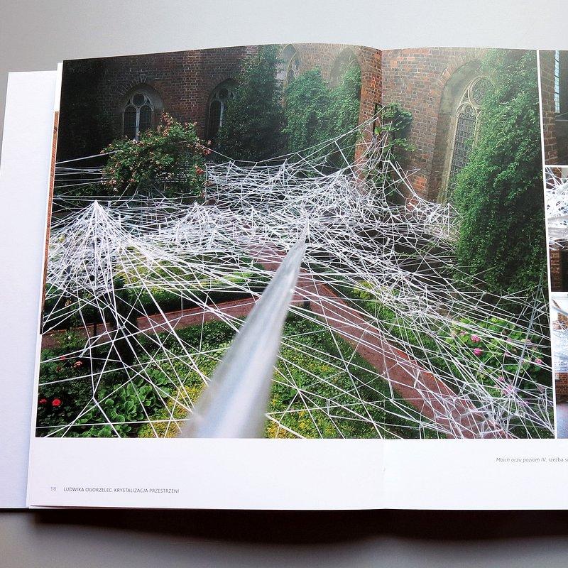 książka_Ludwika Ogorzelec - Krystalizacja przestrzeni, fot. materiały prasowe Muzeum Architektury we Wrocławiu (12).JPG