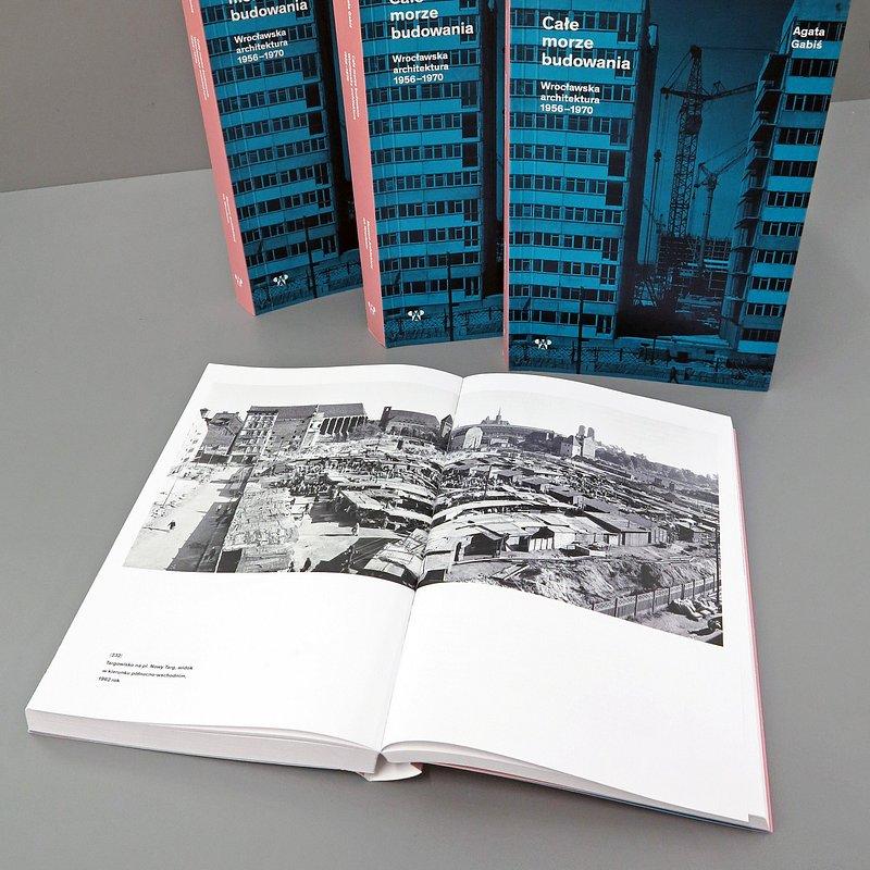 książka Agaty Gabiś Całe morze budowania, fot. materiały prasowe Muzeum Architektury (10).JPG
