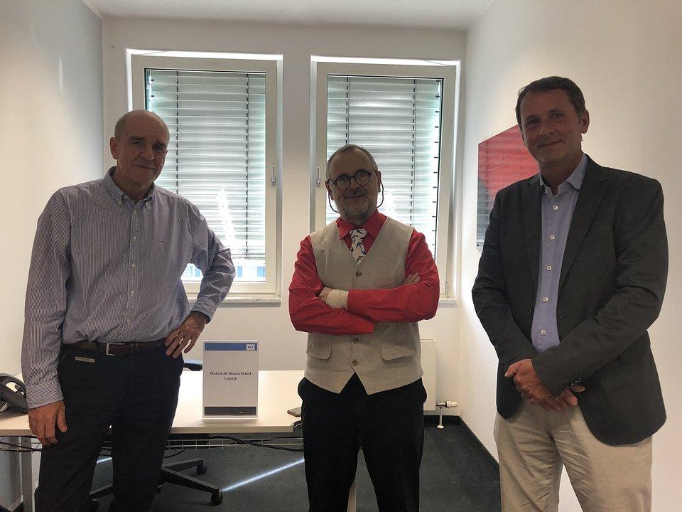 Od lewej: Wojciech Zieliński, CEO MakoLab, Mirosław Sopek, CTO MakoLab, Thomas Schardt, MakoLab Deutschland GmbH Managing Director