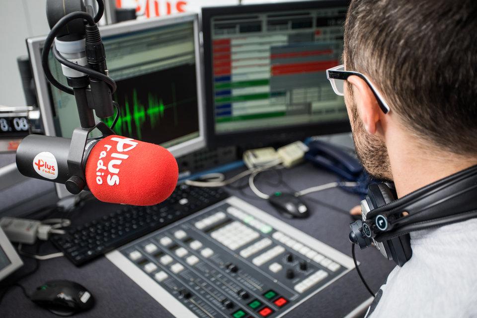 RadioPlus_studio_1.jpg
