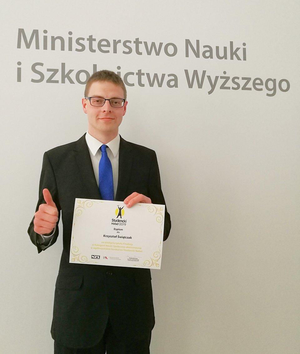 Krzysztof Świątczak, student prawa Wyższej Szkoły Bankowej w Poznaniu, finalista Studenckiego Nobla 2019 (fot. J. Połczyński)