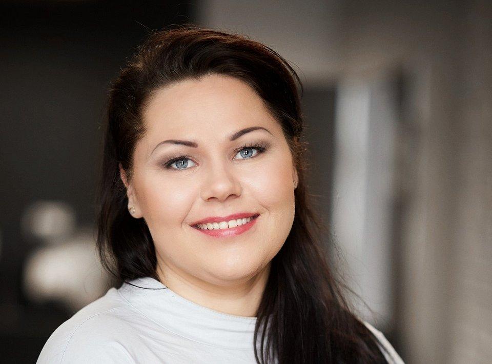 Autorką artykułu jest Klaudia Skelnik - ekspertka WSB Gdańsk z zakresu bezpieczeństwa danych, menedżer kierunku Bezpieczeństwo Wewnętrzne