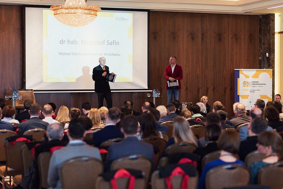 Inicjator i twórca Kongresu dr hab. Krzysztof Safin, prof. WSB podczas Kongresu Firm Rodzinnych w 2019 r.