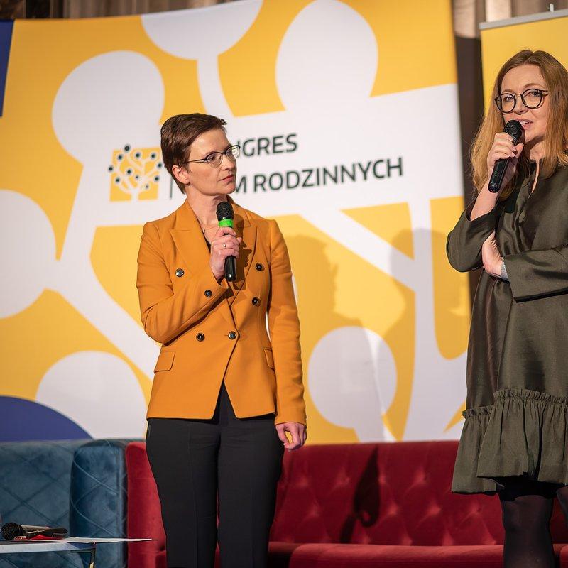 KFR_2020_dr Anna Tępińska-Marcinek, Ceramika Paradyż_Dominka Cebrat, PKO BP.jpg