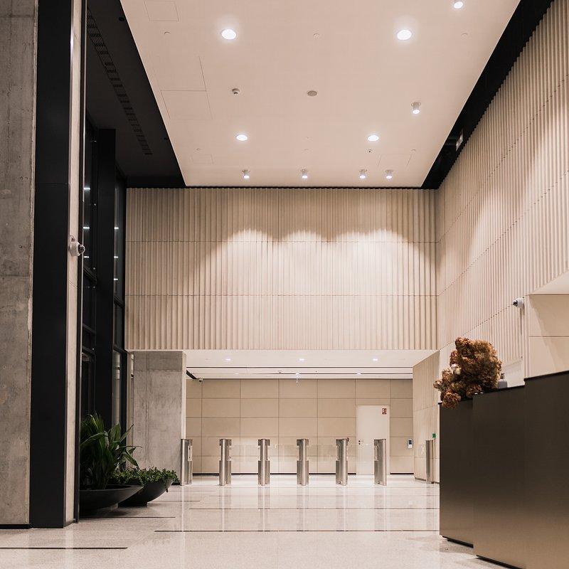 Hi Piotrkowska lobby 4.jpg