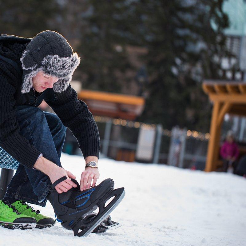 Ice skating - 001 --- Expires on 15-04-2020.jpg