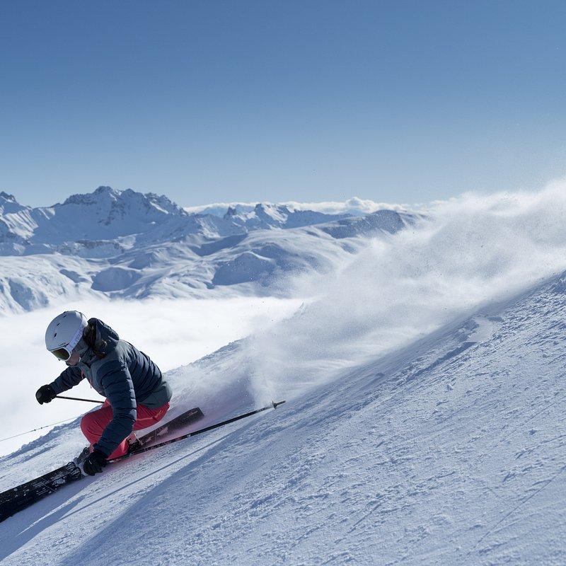 ski de piste femme expert - 001 --- Expires on 14-08-2022.jpg