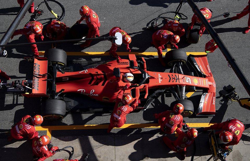 Lepsze_wyniki_Scuderia_Ferrari_dzieki_Shell (1).jpg