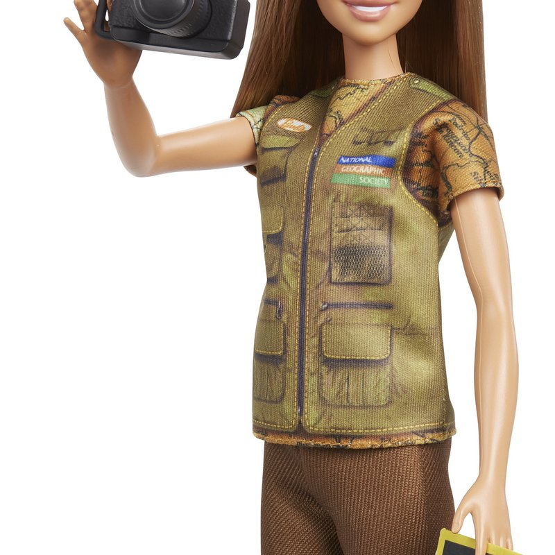 Barbie_National_Geographic_GDM46.jpg