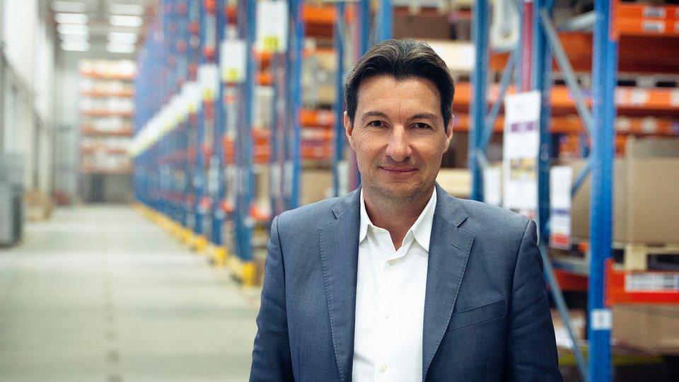 Clément  de Valon jest Wiceprezesem Wykonawczym ds. Niezależnego Rynku Części Zamiennych w TMD Friction