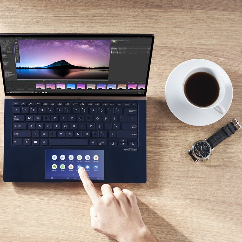 ZenBook Series_UX334_UX434_UX534_ScreenPad™ 2.0_ScreenXpert software_enhances productivity.jpg