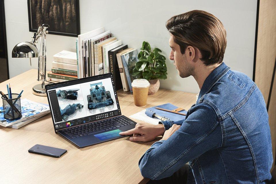 ZenBook 131415_UX334_UX434_UX534_Scenario Photo_05.jpg