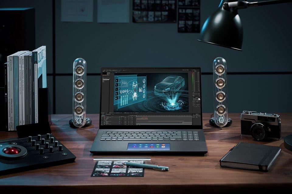 ZenBook Pro 15_UX535_Scenario Photo_Performance_Light Creator.jpg