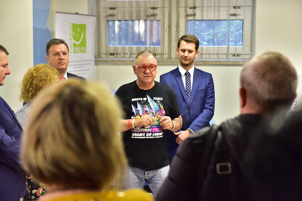 Przekazanie sprzętu w Katowicach/fot. Fundacja WOŚP