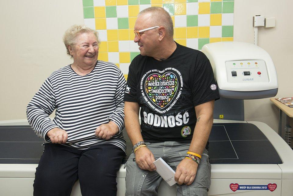 WOŚP po raz kolejny wspiera osoby w podeszłym wieku, fot. Łukasz Widziszowski