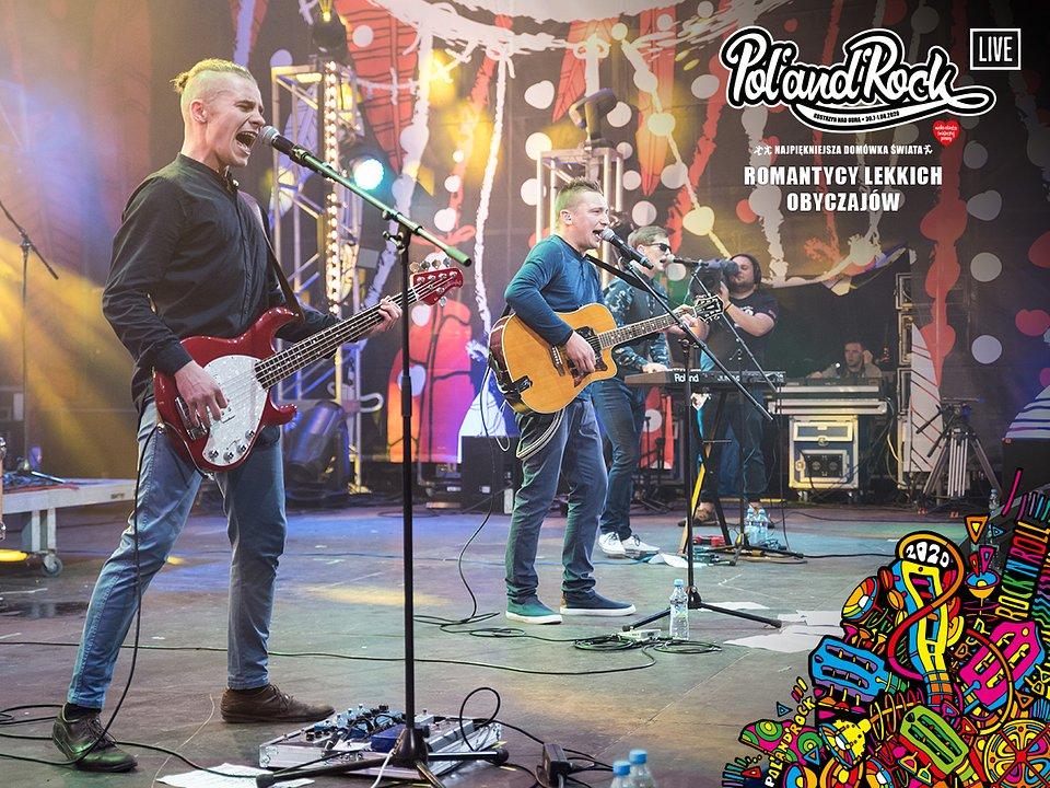 Romantycy Lekkich Obyczajów na Przystanku Woodstock 2016. fot. Dawid Ilnicki