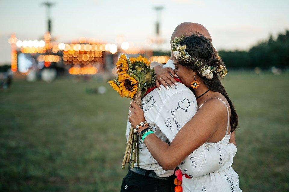 Sylwia i Łukasz świętują swój ślub na Najpiękniejszym Festiwalu Świata, fot. Marcin Zieliński